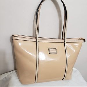 🌸Club Rochelier Nude Patent Leather Large Handbag